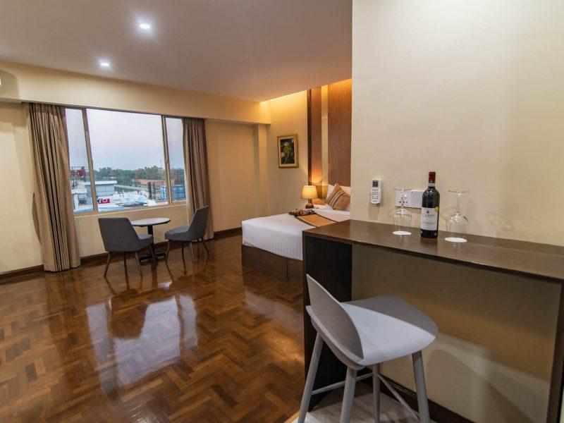 Suite Room 14