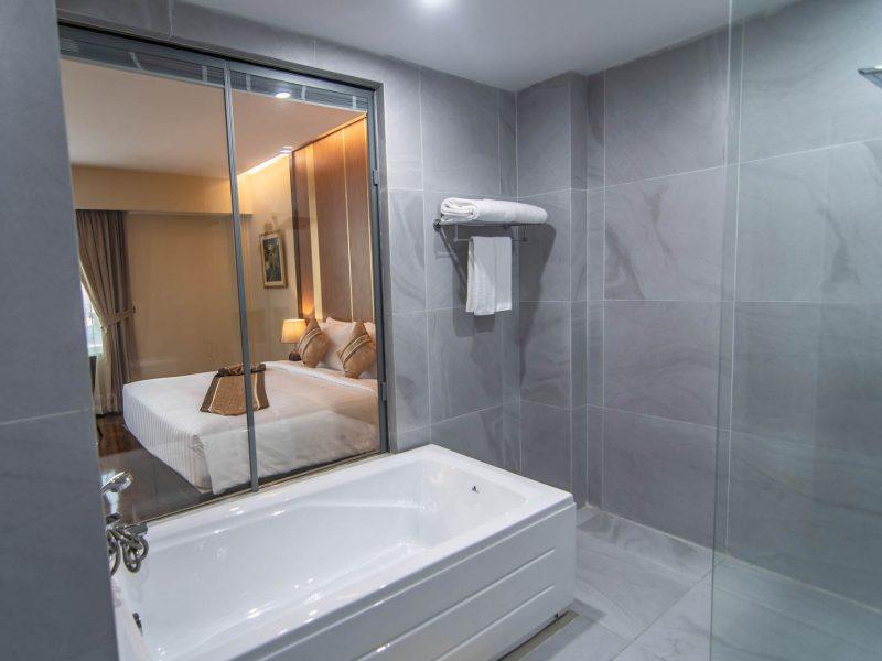 Suite Room 7